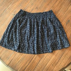 Women's Old Navy size XL navy blue & stars skirt
